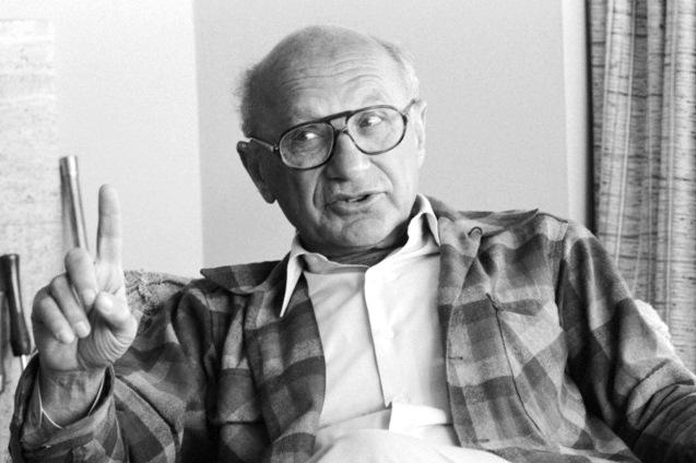 milton friedman essays in positive economics amazon